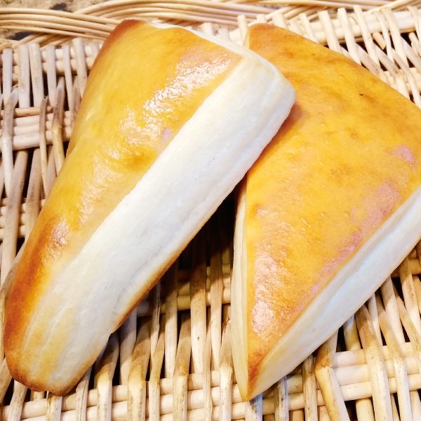 ベーカリー クリームパン