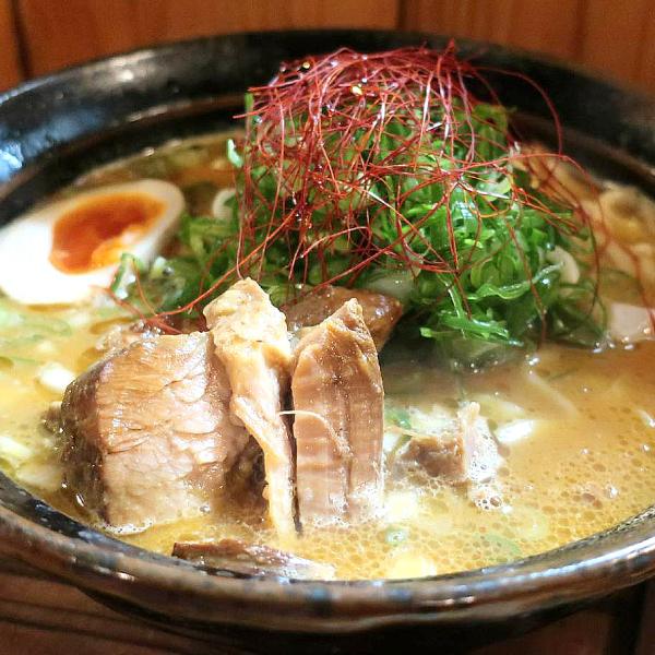 麺栞みかさ〈めんしおり みかさ〉